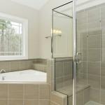 Træmaling kan gøre en stor forskel på badeværelset